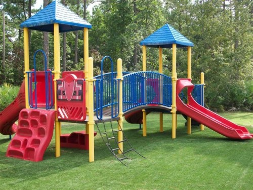 Xtreme Lawn playground